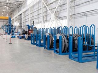 Металлические лотки и аксессуары IEK® применялись и при строительстве завода по выпуску гибких насосно-компрессорных труб